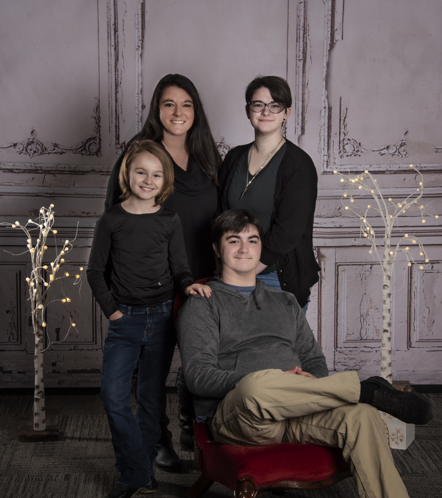 portraitions-family-portraits-13HPPM4671FO.jpg